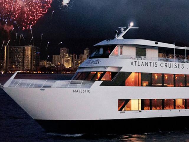 [春节]<美国夏威夷爱之船亚特兰蒂斯-Majestic 出海观鲸出海晚宴豪华游船>家庭出游  亲子游之选