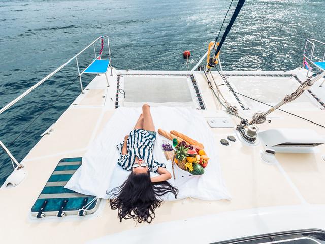 <皇帝岛 珊瑚岛 豪华出海浮潜轻奢一日游>超人气推荐  阳光号轻奢典雅双体帆船 船型可选