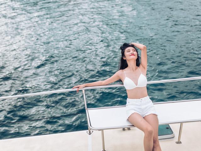 <?皇帝島 珊瑚島 豪華出海浮潛一日游 超人氣推薦 歡歡貓號巨型體帆船 >超人氣推薦  歡歡貓號巨型雙體帆船