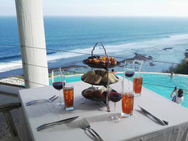 <巴厘岛精致高端 卡尔玛下午茶 午餐 晚餐 私人沙滩半日游体验>卡尔玛下午茶 专车酒店往返接送+赠送饮品