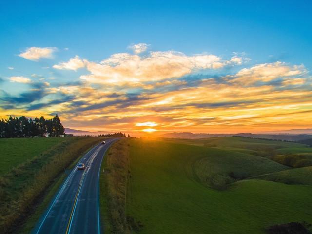 <新西兰北南岛萤火西东9日游>霍比特,萤火虫洞,农场游,浪漫皇后镇,拉纳克古堡(当地参团)