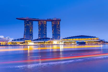 <新加坡-马来西亚4晚6日游>广州南航直飞,新入马出不走回头路,半天自由活动,鱼尾狮,圣淘沙,外观双子塔