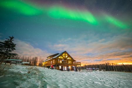 [春節]<北極光美國阿拉斯加9日游>2晚極光玻璃屋/塔基納極光觀測木屋/馬塔努斯卡冰川/圣誕老人之家/多頓特色餐
