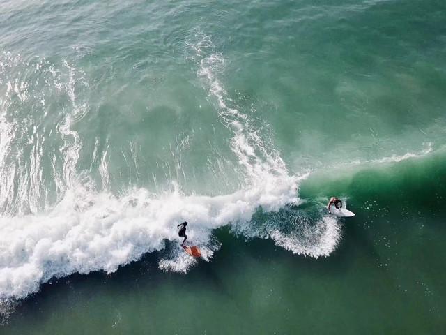 <三亚 8mm冲浪深度体验 教学>赠送照片和视频 零门槛 超品质 高水平专业级教练 玩乐中感受运动乐趣