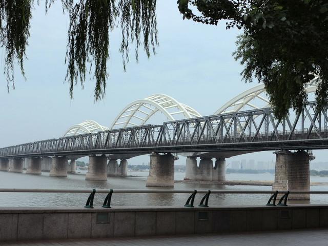 <哈尔滨市区一日游>赠马迭尔冰棍 圣·索菲亚教堂+中东铁路印象馆+松花江桥