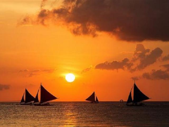 <菲律宾长滩岛一日游水上项目:落日风帆>中文导游 绝美落日