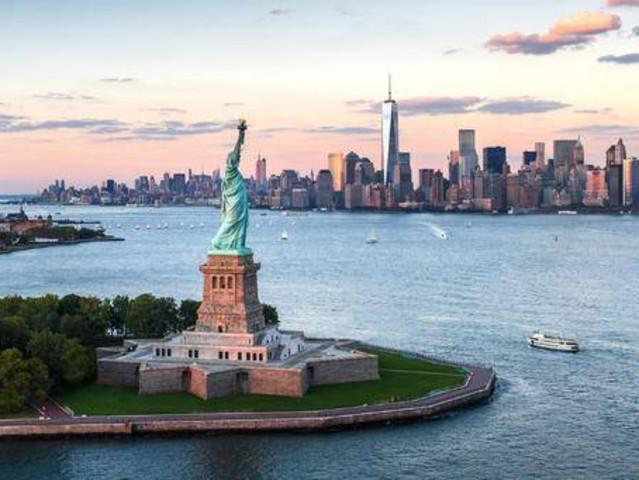 <纽约市区1日游>纽约时代广场,自由女神环岛游船,纽约现代艺术博物馆,纽约杜莎夫人蜡像馆
