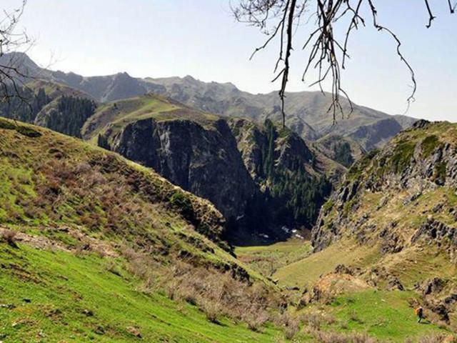 <新疆乌鲁木齐神鹰峡谷徒步导航路线>