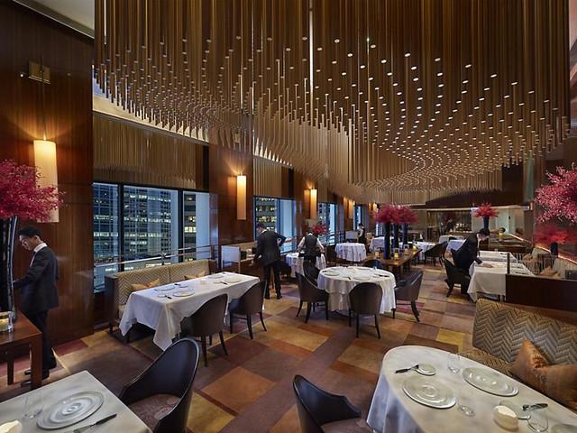 <香港 琥珀餐厅代预订>米其林二星 专业预约服务保障 免排队预先入座