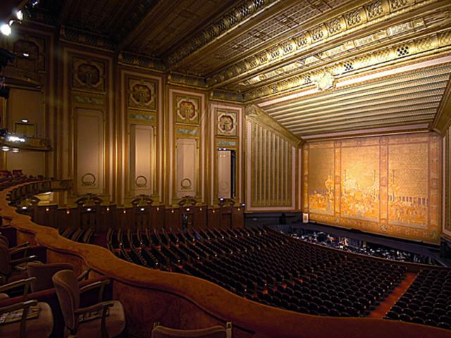 <芝加哥市区1日游>千喜公园,白金汉喷泉,芝加哥大剧院,密西根大道