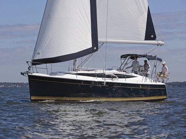 <三亚帆船散拼出海半日游>当地参团 36尺/53尺帆船3小时散拼出海送摩托艇或者飞鱼体验