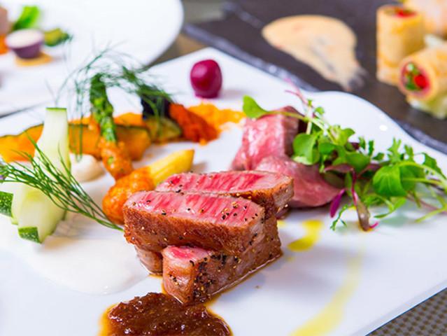 <神戶牛 KOBE BEEF RED ONE 神戶牛肉鐵板燒專門店預訂>神戶牛人氣店 高性價比選擇 得獎優質食材