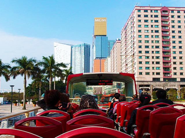 <澳门观光巴士>乘坐开篷观光巴士玩遍澳门特色景点