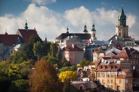 <波兰+立陶宛+拉脱维亚+爱沙尼亚+芬兰+瑞典+丹麦9日8晚游>柏林集散、波罗的海、华沙老城、里加老城、赫尔辛基旧城(当地游)