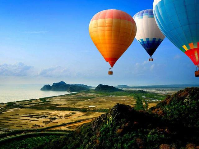<【清迈热气球体验休闲日落半日游】>在天上俯瞰清迈是一项即新鲜又刺激的项目