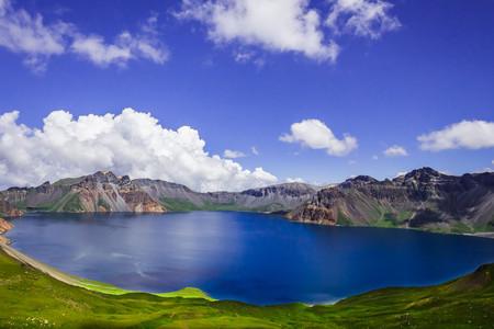 <吉林-长白山-鲜族部落-镜泊湖5日游>感受东北清凉一夏,大美长白山,幽静镜泊湖,等你来,共赴白头之约