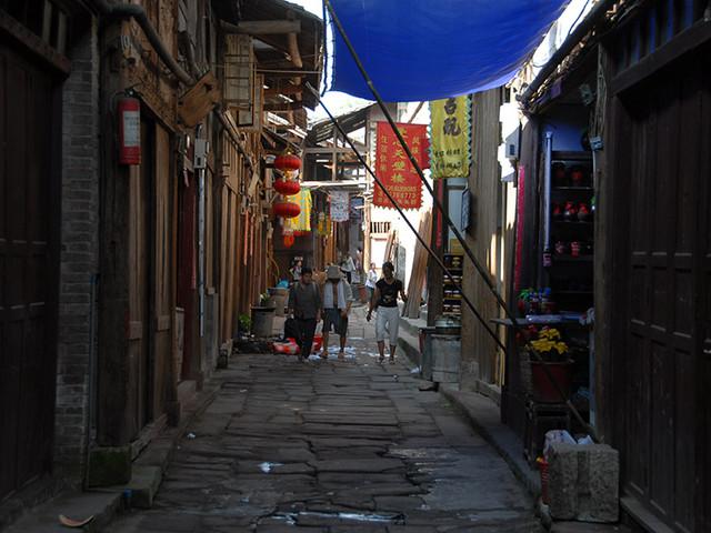 <重慶中山古鎮+四面山3日自駕導航路線>是西南地區規模巨大、保存完好、具有民族特色的山地民居古建筑群