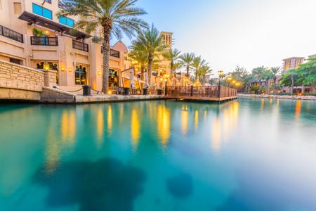 <迪拜+阿布扎比3晚4日游>迪拜集散、1天自由活动、全程五星酒店、2人成团、天天发团(当地参团)