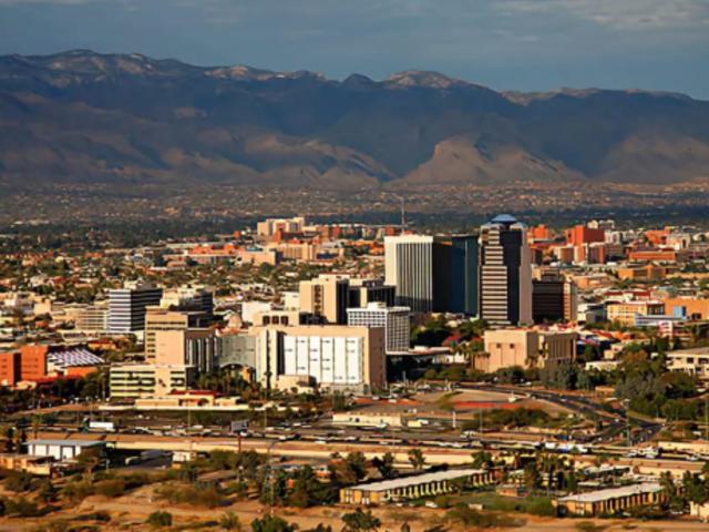 <美国亚利桑那州图森市区包车一日游>皮马航空航天博物馆+亚利桑那索诺拉沙漠博物馆+巨人柱国家公园+Fourth Avenue等