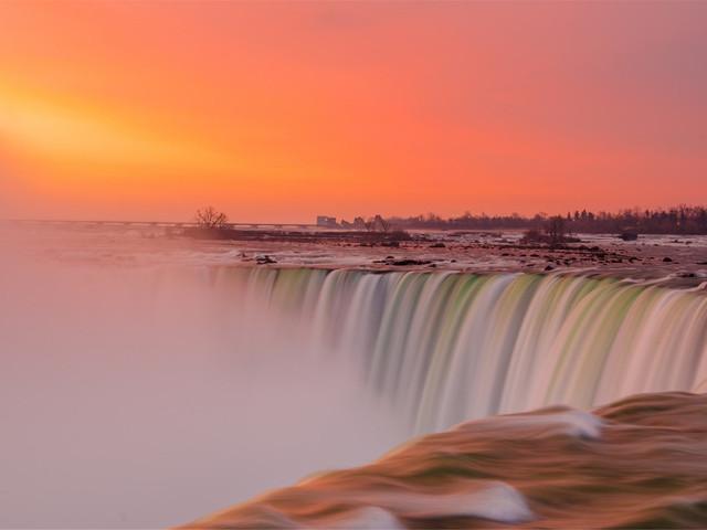 <美加东6晚7日游>(当地参团)华盛顿出发,纽约,华盛顿特区,康宁,尼亚加拉瀑布,多伦多,千岛胜地,渥太华,蒙特利尔,魁北克,波士顿