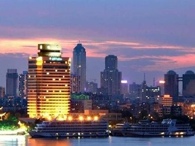 武汉晴川假日酒店