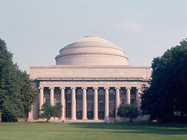 <美國哈佛大學+乘鴨子船游波士頓+訪耶魯+麻省+聽濤山莊愜意2日游>覽波士頓各大名勝,專業中英文導游貼心服務(當地參團)