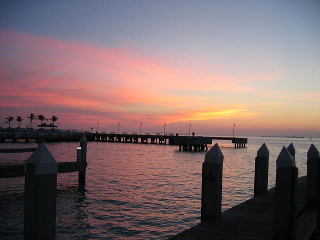 <美国迈阿密+设计区+奥特莱斯+购物系列5晚6日当地游>畅游南佛州景点西礁岛,南海滩,迈阿密市区,小哈瓦那,大沼泽国家公园,游艇之都罗德岱堡